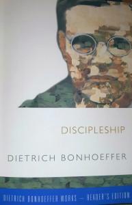 Dietrich Bonhoeffer's Discipleship (Reader's Edition)